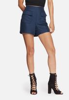 Vero Moda - Lala tailored shorts