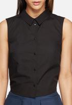 Vero Moda - Kayla cut-out shirt