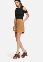 New Look - Suedette popper skirt