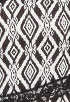 New Look - Diamond tribal dress