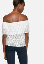 Vero Moda - Maja off shoulder top