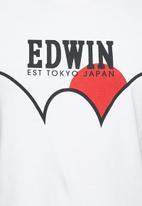 Edwin - Red dot tee