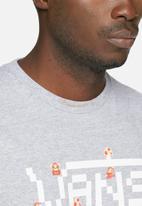Vans - Nintendo Super Mario tee