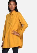 Lola May - Oversize swing shirt with pockets