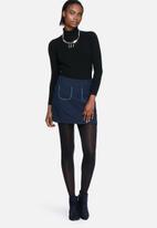 Vero Moda - Sponge mini skirt