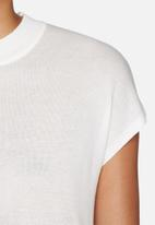 Vero Moda - Sunset funnel neck top