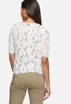 ONLY - Estee lace top