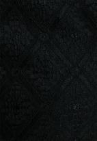 VILA - Hini lace shorts