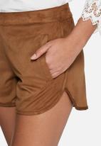 VILA - Seila faux suede shorts