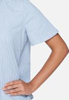 ADPT. - Loveless shirt