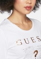 GUESS - Triangle tee