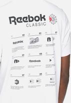 Reebok - Pocket tee - white.