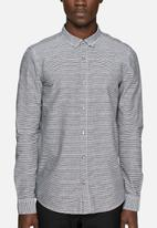 Only & Sons - Hector slim shirt