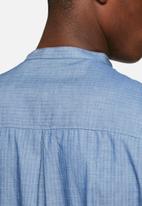Solid - Berquist shirt