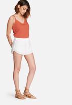 Vero Moda - Jolien lace shorts