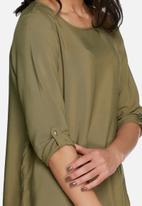 Vero Moda - Boca fold-up top