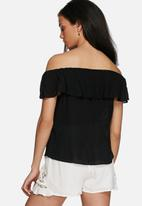 Jacqueline de Yong - Ruby off shoulder top