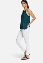 Vero Moda - Marcela embroidered top
