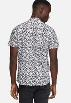 Sergeant Pepper - Paint splatter shirt