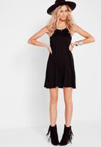 Missguided - Eyelet swing dress