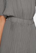 ADPT. - Blend plissé pants