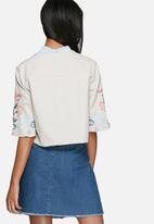 Vero Moda - Elvira short blazer