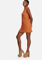 Glamorous - Funnel Neck Rib Dress