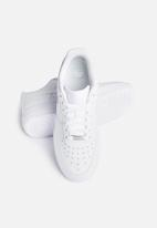 Nike - W Air Force 1 '07