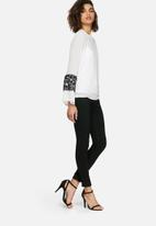 dailyfriday - Lace trim top