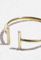 Matter of Fakt - Spear bangle