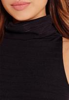 Missguided - Ribbed roll neck bodysuit