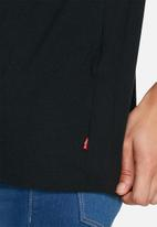 Levi's® - The better two horse tee