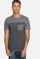 Only & Sons - Striped fitted tee