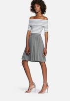 dailyfriday - Rib off-shoulder short sleeve striped top