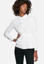 Jacqueline de Yong - Wall peplum shirt