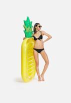 Sixth Floor - Pineapple pool float