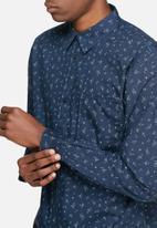 Bellfield - Shard shirt