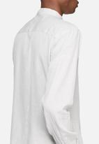 Bellfield - Slub mandarin shirt