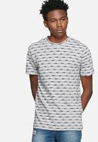 Only & Sons - Noah fitted tee