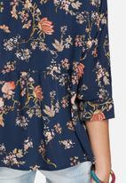 Vero Moda - Kisha flower shirt