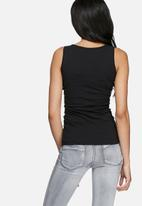 dailyfriday - Scoop neck vest - 2 pack