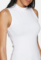 dailyfriday - Sleeveless turtle neck - 2 pack