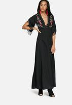 Glamorous - Embroidered maxi dress