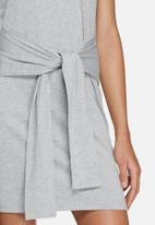 Glamorous - Front tie tee dress
