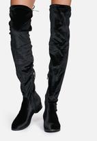 Glamorous - Isabel Boot
