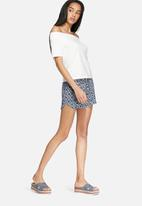 Vero Moda - Super easy string shorts