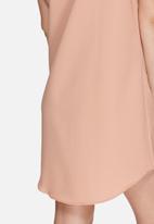 Missguided - Short sleeve shirt dress