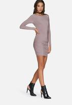 Missguided - Slinky ruched bodycon dress