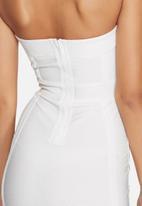 Missguided - Eyelet bandeau midi dress