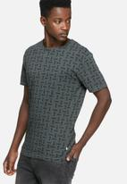 Only & Sons - Komma tee